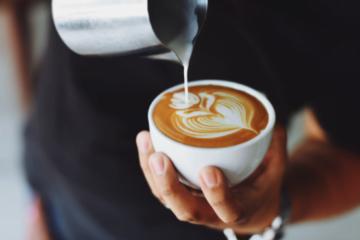 Cafea boabe sau deja măcinată? Ce să alegi?